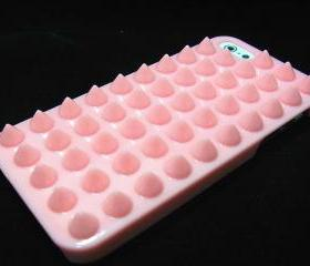 Studded iphone 5 case, iphone 5G case, Spike iphone 5 Punk case, iphone 5G Pink Stud Case, Pink iphone 5 Case, Plastic iphone 5G Case