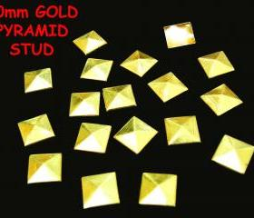 100 pcs 10mm DIY Gold Pyramid FlatBack Studs Hotfix Iron On Glue On for iPhone Case or Crafts
